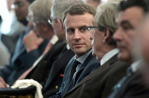 La campagne italienne réalisée par Macron en faveur d'une réforme de la zone euro