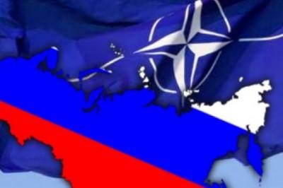 Les 28 États Membres de l'OTAN s'unissent contre la Russie