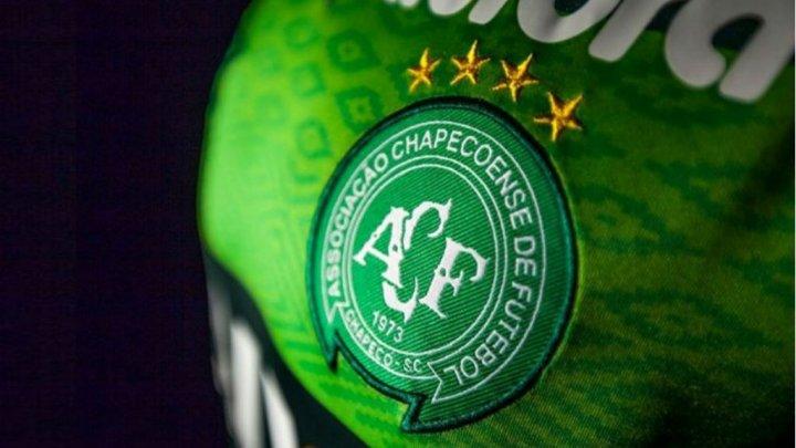 Chapecoense reçoit les hommages de la planète football brésilienne et d'ailleurs